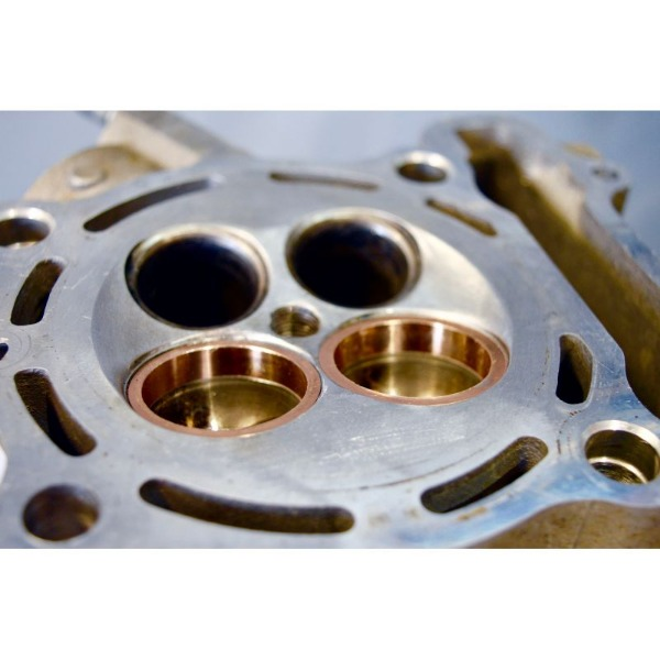 remplacement-sieges-de-soupape-acier-ou-beryllium-.jpg